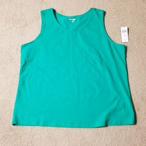 Women's Plus Size Sleeveless Shirt